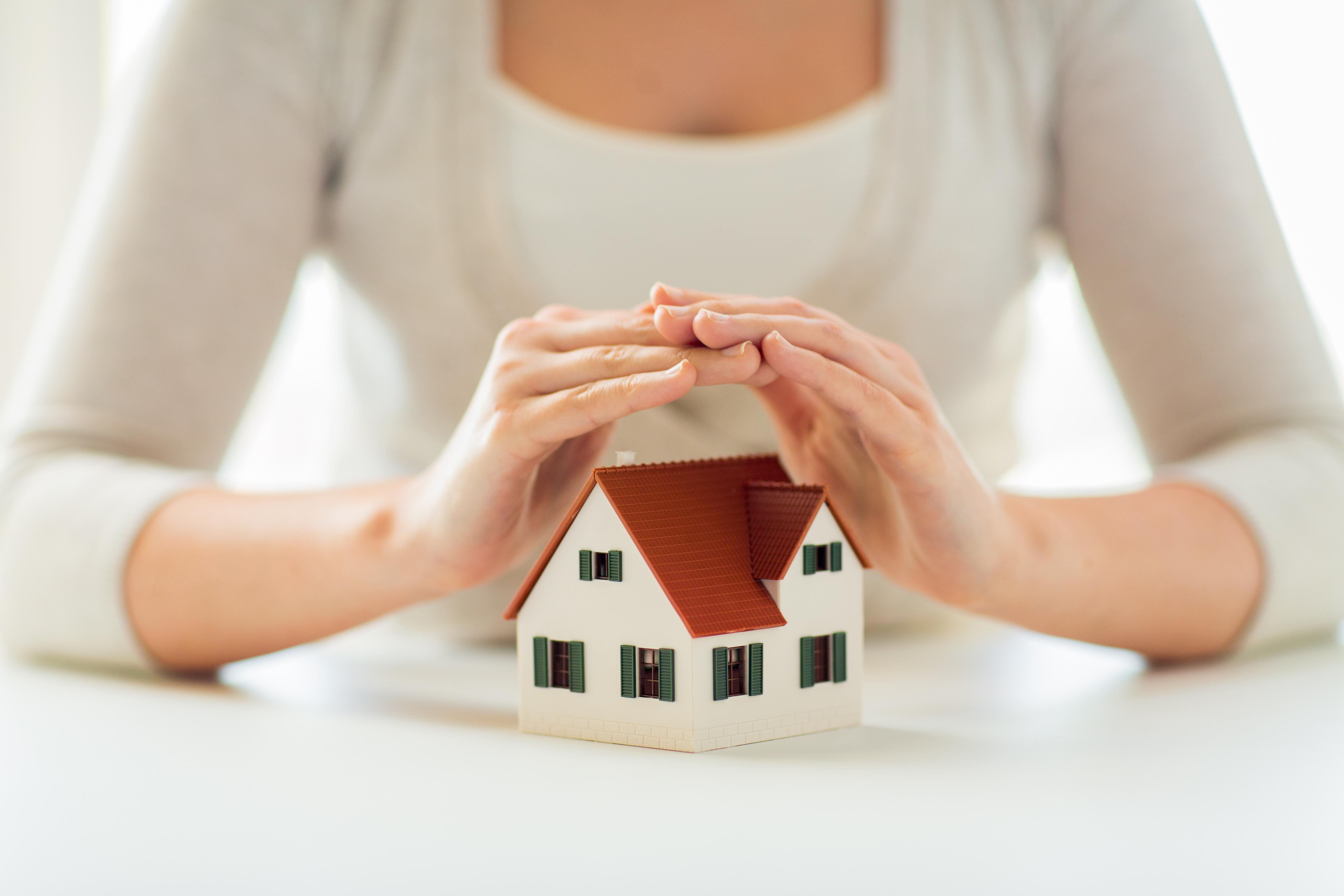 Wohngebäudeversicherung schützt Sie bei Unwettern